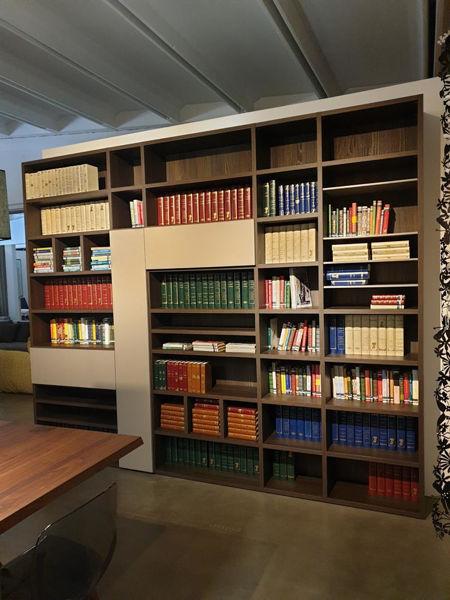 novamobili__libreria_laccata_e_laminato_legno