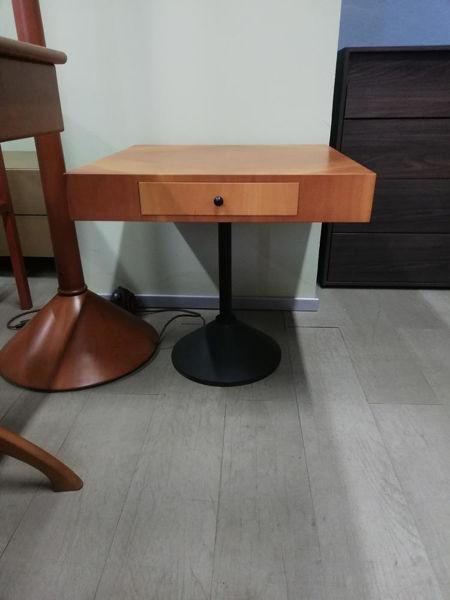 tavolino_con_cassetto_32442